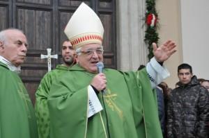 Il Vescovo Mons. Vincenzo Apicella